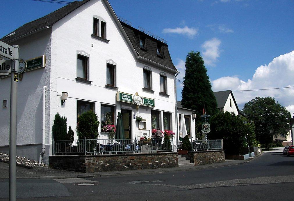Gasthof u. Pension Zur Dorfschänke - Mittelstr. 22, 56579 Hardert ...