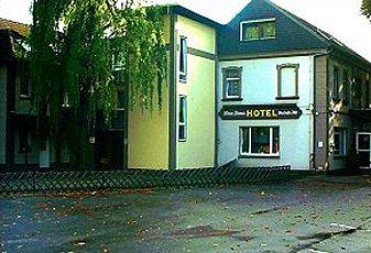 hotel zum grunewald bergerstr 152 46539 dinslaken oberlohberg deutscher hotelf hrer. Black Bedroom Furniture Sets. Home Design Ideas