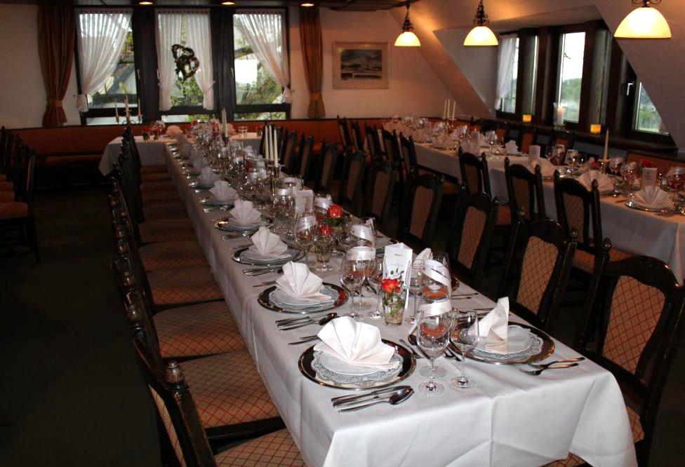 Gasthof Hotel Cafe Schone Aussicht Neuffenstr 18 71364 Winnenden