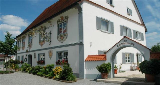 landhotel zur linde ingoldinger str 2 88427 bad schussenried steinhausen deutscher hotelf hrer. Black Bedroom Furniture Sets. Home Design Ideas
