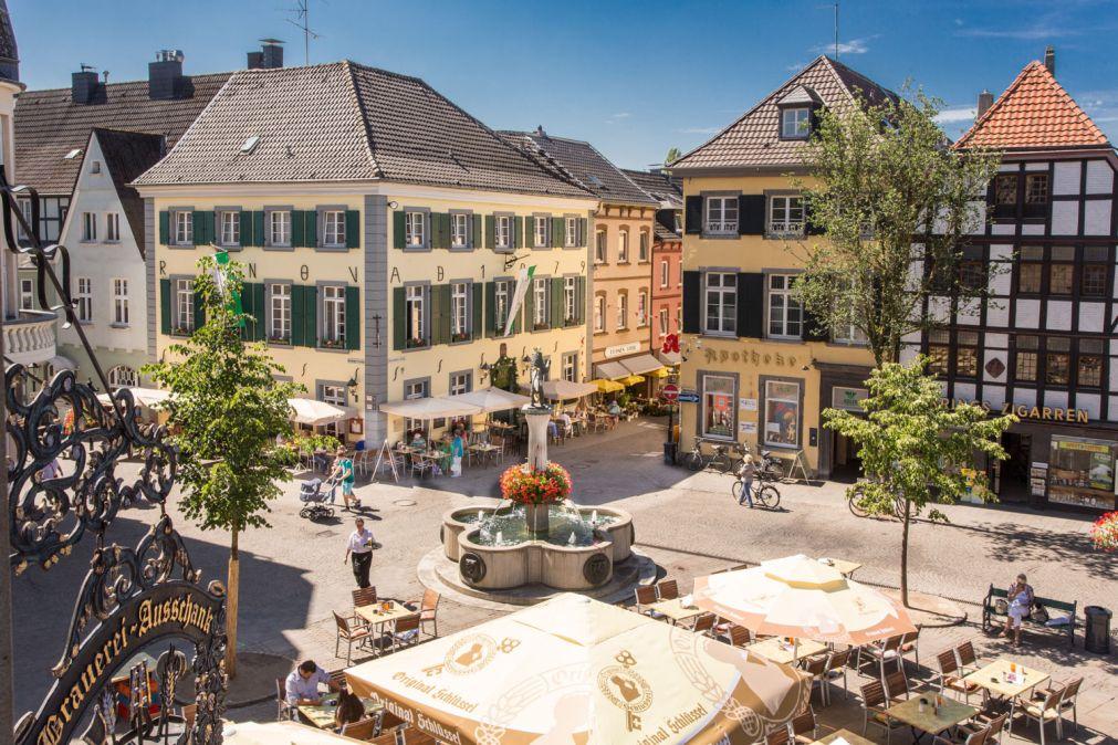 Schlussel Am Markt Zu Den 3 Konigen Dusseldorfer Str 1 40878